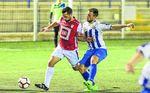 El Atlético Dos Hermanas reina lejos del Miguel Román