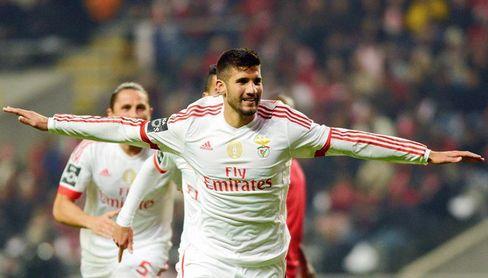 El argentino Lisandro viajará este domingo a Italia para fichar por el Milan