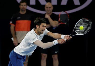 """Djokovic: """"Mi codo todavía no está al cien por cien"""""""