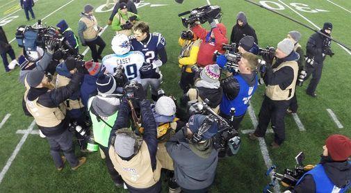 35-14. Brady lleva a los Patriots a la final de la Conferencia e impone una marca