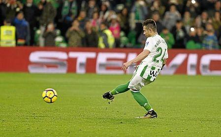 Rubén logró el 3-2 desde los 11 metros.