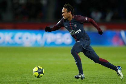 La avaricia aleja a Neymar de la afición