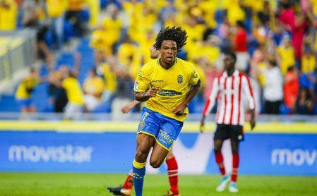 Rémy celebrando un gol