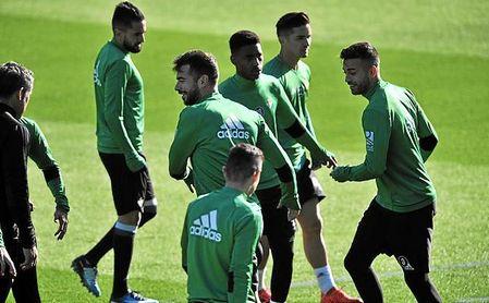 Setién ha citado a 19 futbolistas.