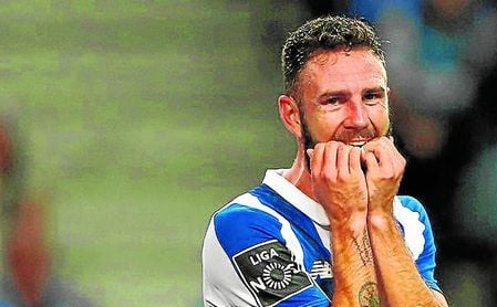 Layún apenas cuenta con minutos en el Oporto, con el que sólo ha jugado 13 partidos este curso, la gran mayoría, como suplente.