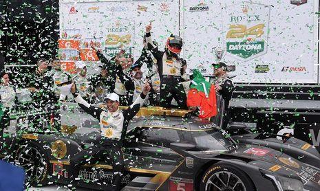 El Cadillac de Barbosa, Fittipaldi y Albuquerque gana las 24 Horas de Daytona