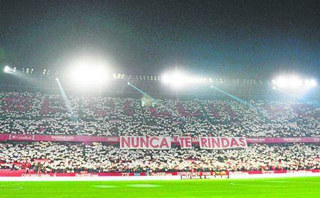 El Sánchez-Pizjuán llevó en volandas al Sevilla en Copa frente al Atlético de Madrid.