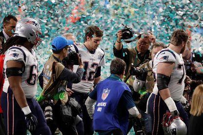 Brady asegura que regresa la próxima temporada con los Patriots