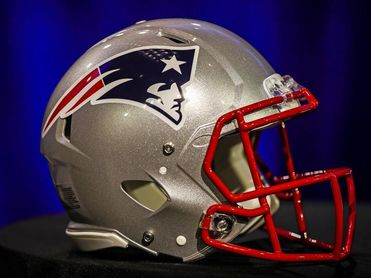 Josh McDaniels al final rechaza la oferta de Colts y sigue con Patriots