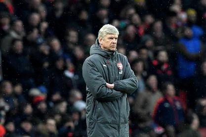 """Wenger afirma que los jugadores ingleses son unos """"maestros"""" de la simulación"""