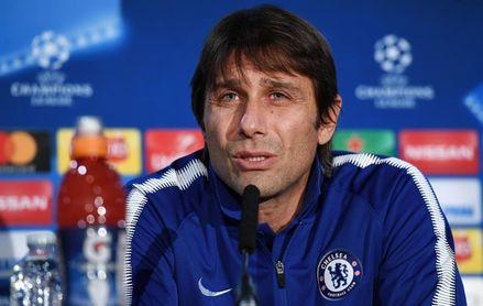 Antonio Conte, entrenador del Chelsea en rueda de prensa.