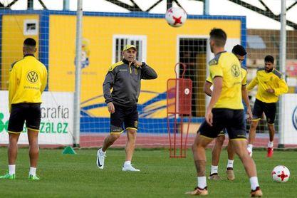 La UD Las Palmas ficha al delantero nigeriano Imoh Ezekiel hasta 2019