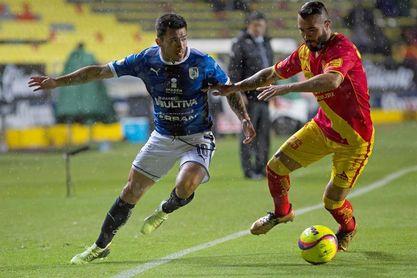El chileno Puch anota dos goles y le da triunfo al Querétaro sobre Tijuana