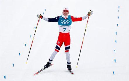 Krüger lidera el ´triplete´ noruego en skiatlón; Rojo primer español en competir