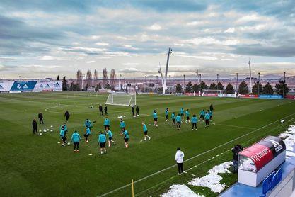 Zidane junta a todos sus jugadores disponibles con Marcelo en perfecto estado