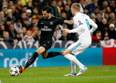 """Dani Alves: """"Si el Madrid quiere pasar tendrá que jugar muy bien en París"""""""