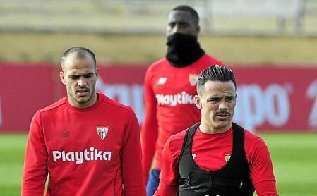 Roque Mesa, en la imagen durante el entrenamiento de ayer, afronta el sábado un partido muy especial.