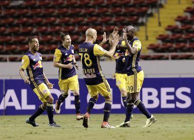 2-0. Red Bulls dominan al Olimpia y pasan fácil a cuartos de final