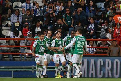 """El argentino Boselli firma un """"hat-trick"""" y el Querétaro elimina al Monterrey en la Copa"""