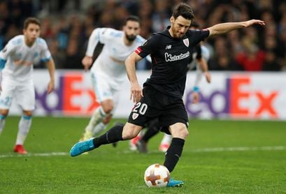 Aduriz, con 8 tantos, se afianza como máximo goleador de la Liga Europa