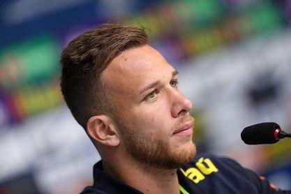 El Gremio y el Barcelona alcanzan un acuerdo por Arthur, según los medios