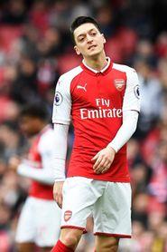 Özil llega a las 50 asistencias en la Premier League