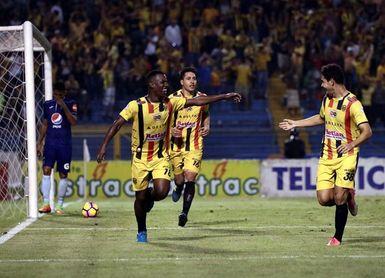 Real España vence al Motagua y le quita el invicto en el Clausura hondureño
