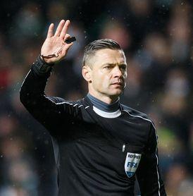 El esloveno Skomina arbitrará el Barça-Chelsea