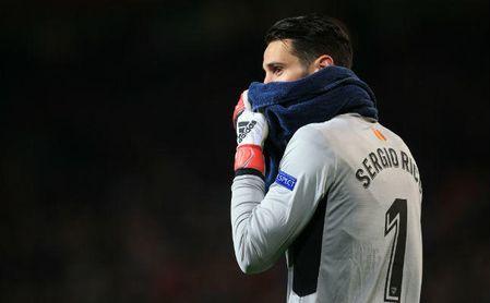 Sergio Rico en Old Trafford tras el pase a cuartos del final de la Champions League