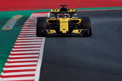 """Carlos Sainz: """"Tendré alguna opción de podio, pero hay que ser pacientes"""""""