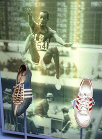 Un Beamon con arrugas regresará a México para recordar los Olímpicos de 1968