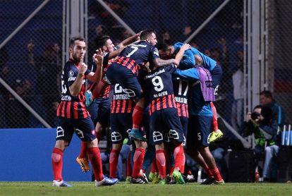Talleres y San Lorenzo ganan y reducen la distancia con el líder Boca Juniors