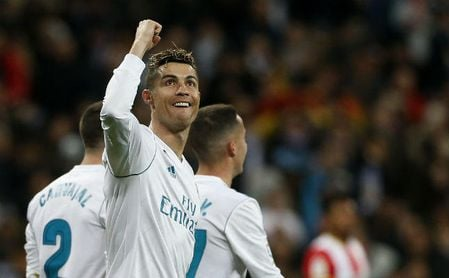 Cristiano da otro acelerón con un póker y se aproxima a Messi
