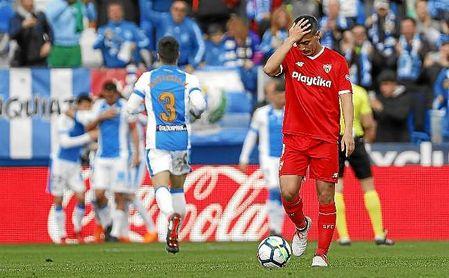 Ben Yedder se lamenta en el partido ante el Leganés en Butarque.