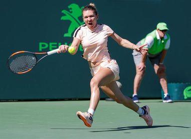 Simona Halep sufre ante Dodin para alcanzar la tercera ronda del Abierto de tenis de Miami