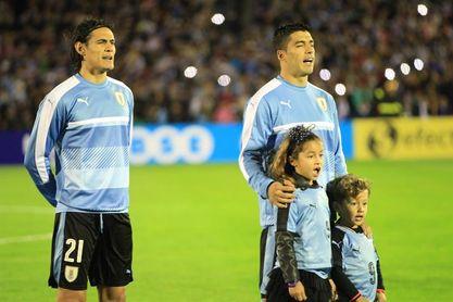 2-0. Suárez y Cavani meten a Uruguay en la final de la China Cup contra Gales