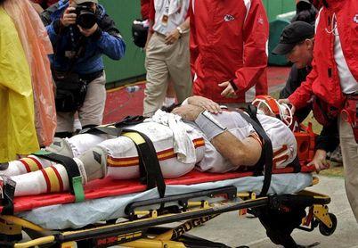 La NFL aplica una regla contra los golpes con la corona del casco