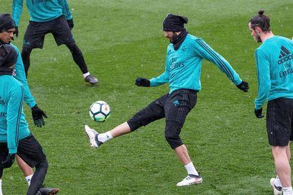 Ocho jugadores participan en el tercer entrenamiento de la semana del Madrid