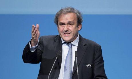Platini critica a la FIFA y el TAS y denuncia el poder de las televisiones