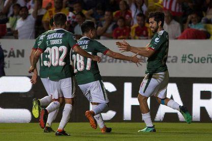 1-2. Guadalajara vence al Morelia y se mantiene vivo en el Clausura mexicano