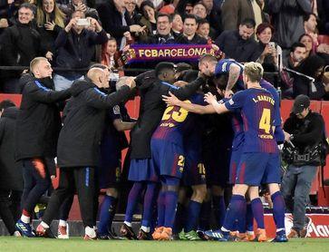 Messi despierta al Barcelona y Gareth Bale impulsa al Real Madrid