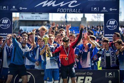 El RCD Espanyol, doble campeón del MIC