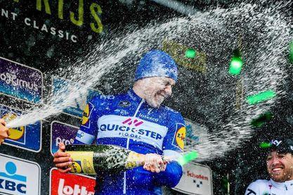 El holandés Fabio Jacobsen impone fuerza y juventud en el Gran Premio Escalda