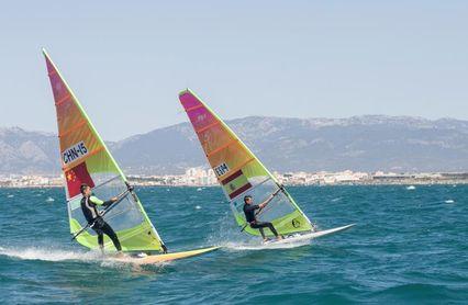 Dos tripulaciones españolas rozan el podio en las clases RS:X y 470 féminas