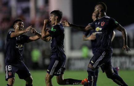 Los líderes serán locales y el Colo Colo visitante en la octava jornada del fútbol en Chile