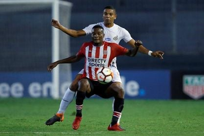 0-1. Santos toma el liderato del Grupo 6 al vencer a Estudiantes en Argentina