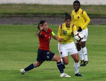 Colombia deja escapar puntos frente a Chile pese a nuevo gol de Catalina Usme