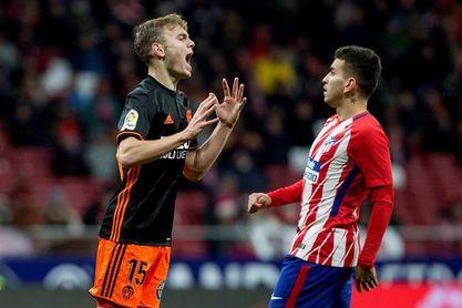 Marcelino no recupera a tiempo a Lato y prescinde de Murillo ante el Espanyol