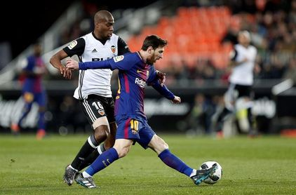 Un lanzado Valencia amenaza el récord de un Barça obligado a olvidar Europa