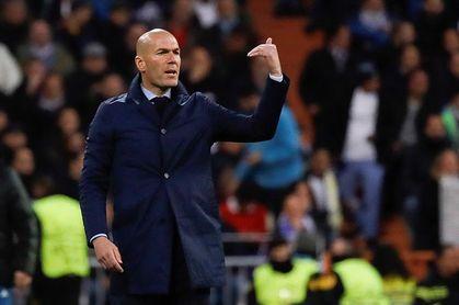 Zidane introduce seis cambios en La Rosaleda